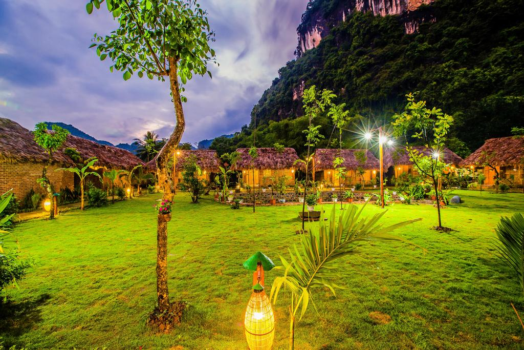 Tam Coc Rice Fields Resort.